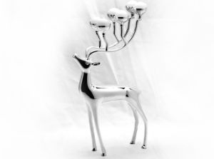 Silver Plated Zinc Alloy Candle Holder with Deer Design pictures & photos