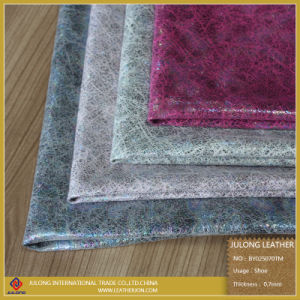 Colorful Customized Popular Patent/Mirror PU Imitation Glitter Leather for Cloth (BY025070TM) pictures & photos