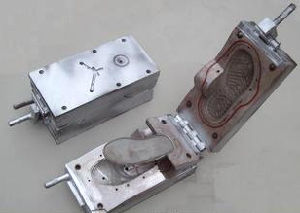 Overseas After-Sales Service Provided Shoes Mould pictures & photos
