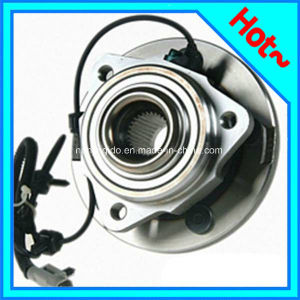 Front Wheel Hub Bearing 52089434AA for Jeep Grand Cherokee 2005-2008 pictures & photos