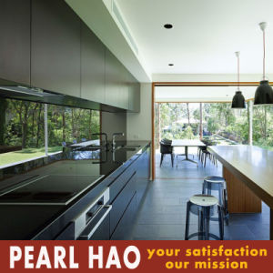 Black Melamine Linear Type Kitchen Cabinet pictures & photos