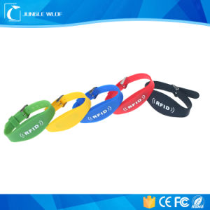 125kHz Em4200 RFID Silicone Wristbands pictures & photos