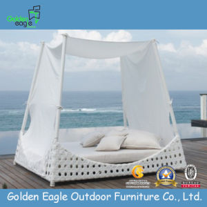 Popular and Hot Sale Patio Rattan Sunbed (GP0015) pictures & photos