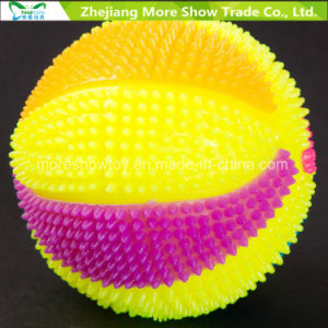 Flashing Sounding Light-up Spiky Puffer Massaging Basketball Toys pictures & photos