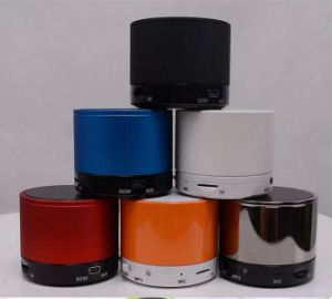 2017 a Hot-Sale Mini Wireless Bluetooth Speaker with All Kinds of Colors pictures & photos