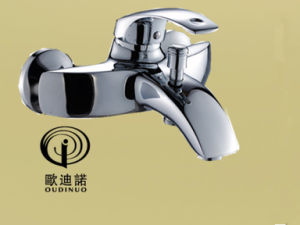 Popular Style Single Handle Brass Bathtub Faucet& Mixer 63313-1 pictures & photos