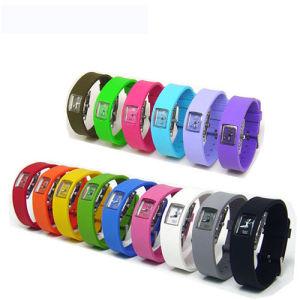 Fashion Silicone Quartz Sport Wrist Watch pictures & photos