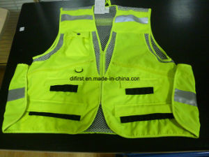Reflective Hungting Vest for Outdoor pictures & photos
