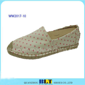 High Quality Canvas DOT Pattern Footwear Casual Shoes pictures & photos