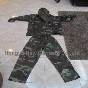 Two-Piece 100% Waterproof Polyester Rain Coat (HY-RC001) pictures & photos