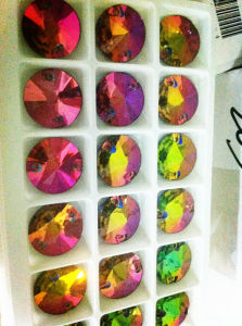 Flat Back Mirror Glass Beads with Hole pictures & photos