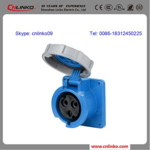 Receptacle IEC60309 Plug and Socket/Industrial Socket for 2p+E 16A/32A 230V pictures & photos