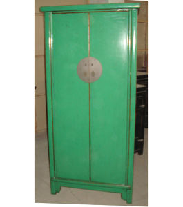 Chinese Reproduction Big Wooden Cabinet (LWA015) pictures & photos