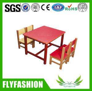 Kid Color Children Solid Wood Classroom Table with Chairs pictures & photos