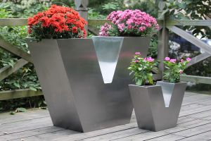 V-Type Stainless Steel Decor Planters (FO-9029) pictures & photos
