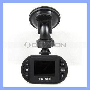 HD DVR Car Camera Recorder, 1080p Car Black Box with 6 LEDs LCD Driving Recorder (C0-06) pictures & photos