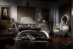 Classical Wooden Bedroom Furniture Bed pictures & photos