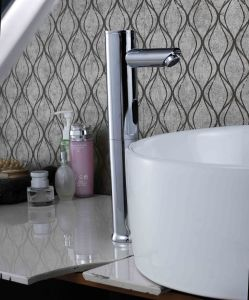 Automatic Home Used Cold and Hot Sensor Brass Tapl Faucet pictures & photos
