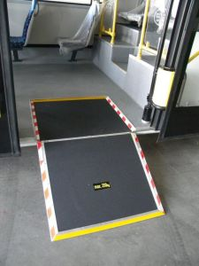 Xinder Fmwr-a Manual Wheelchair Ramp Bus Ramp with CE pictures & photos