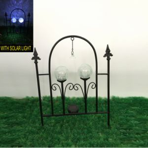 Garden Fence Craft with 3 Glass Ball Solar Light Metal Decoration pictures & photos