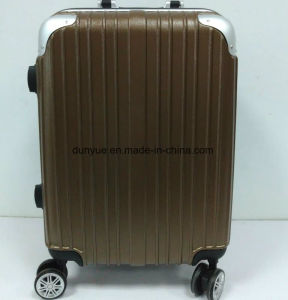 "Factory Low MOQ Durable PC Material 20""24""28"" Travel Rolling Luggage Bag, Promotion OEM Trolley Case pictures & photos"