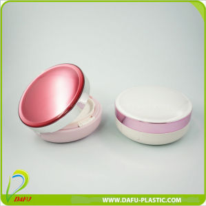 Luxury Design Cosmetic Packaging Compact Powder Container pictures & photos