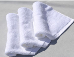 Wholesale White Disposable Small Cotton Hand Towel for Hotel pictures & photos