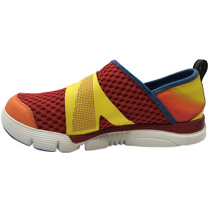 2016 More Color Woman and Man Sport Shoes for Running pictures & photos
