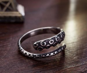 Stainless Steel Male Ring Fashion Modelling Silver Color Half Circle pictures & photos