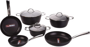 Nonstick Aluminum Pots and Pans Cookware Set with S/S Handles pictures & photos