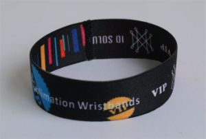 Customized Popular Elastic RFID Wristband for Gift or Party pictures & photos