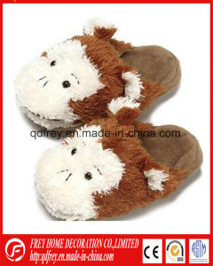 Hot Design Plush Goat Toy Warmer Slipper pictures & photos