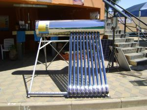 Non-Pressure Solar Water Heater with Cistern