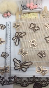 27cm Width Embroidery Trimming Net Lace for Garments & Home Textiles & Bedding Accessories pictures & photos