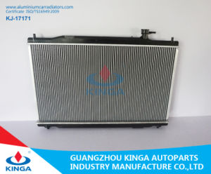 Wholesale Universal Radiator for Honda Cr-V′2010-2011 2.4L at Automobile Radiator pictures & photos