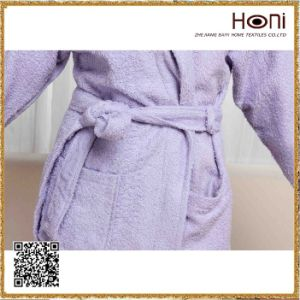 Newest Design Wholesale Hotel Bathrobe pictures & photos