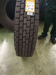 315/80r22.5 Best Quality with Longer Mileage All Steel Vacuum Truck and Bus Tyre pictures & photos