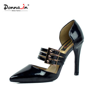 Lady Buckle-Strap Hollow-out Pointed-Toe High Heels Women Leather Dress Shoes pictures & photos