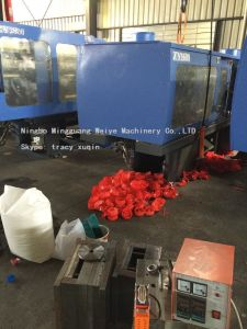 Plastic Toy Car Injection Molding Machine Good Price with High Quality (Energy saving) pictures & photos