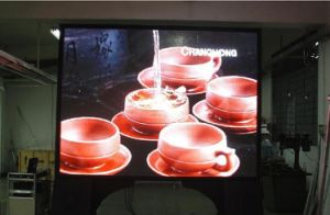 P5 Indoor Full Color LED Display pictures & photos