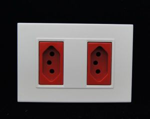 Double 20A Electric Switch and Socket for Brazil pictures & photos