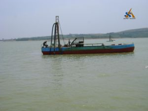 Strong Power China Portable Cutter Head Suction Dredger with Providing One Stop Solutions pictures & photos