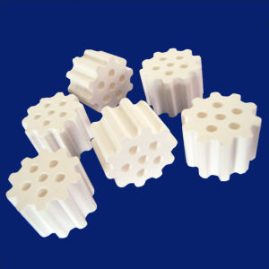 99% Alumina Perforated Balls with One Hole Catalyst Support pictures & photos