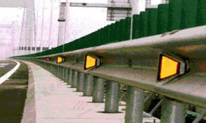Qualified Highway Roadside Guardrail Delineator pictures & photos