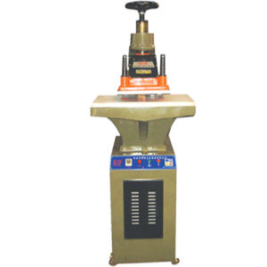 Hydraulic Pressure Cutting Machine with High Quality (ZX626-10T) pictures & photos