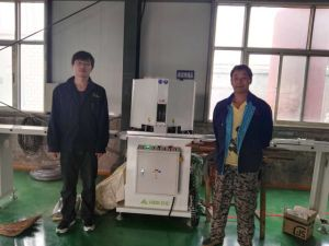Alu-Wood Window 45 Degree Double Head Cutting Machine with Exact Length Position pictures & photos