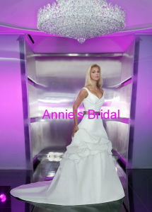 Wedding Dress (A249)