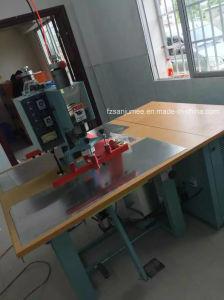 5kw Plastic PVC Welding Machine (raincoat machine) pictures & photos