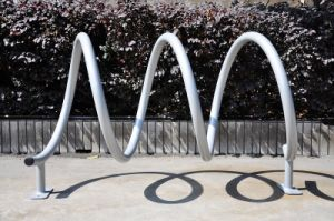 Outdoor Hot-Dipped Galvanised Circle Bicycle Rack pictures & photos