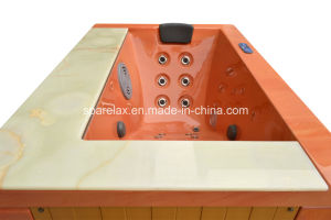 Hot Sale Lucite Acrylic Freestanding Outdoor Jacuzzi (S201) pictures & photos